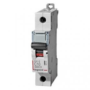 Legrand 407261 Автоматический выключатель DX3-E C10 1П 6000/6kA