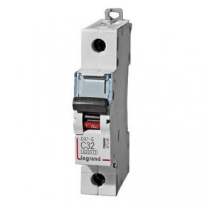 Legrand 407266 Автоматический выключатель DX3-E C32 1П 6000/6kA