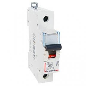 Legrand 407269 Автоматический выключатель DX3-E C63 1П 6000/6kA