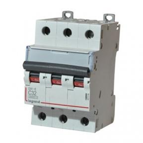 Legrand 407294 Автоматический выключатель DX3-E C32 3П 6000/6kA