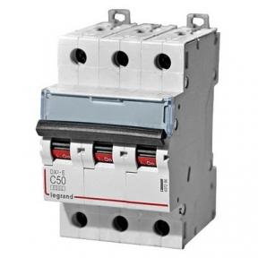 Legrand 407296 Автоматический выключатель DX3-E C50 3П 6000/6kA