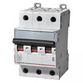 Legrand 407297 Автоматический выключатель DX3-E C63 3П 6000/6kA